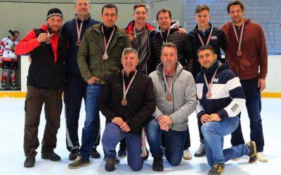 A megye legjelentősebb felnőtt jégkorong sikerét aratta a szarvasi jégkorongcsapat